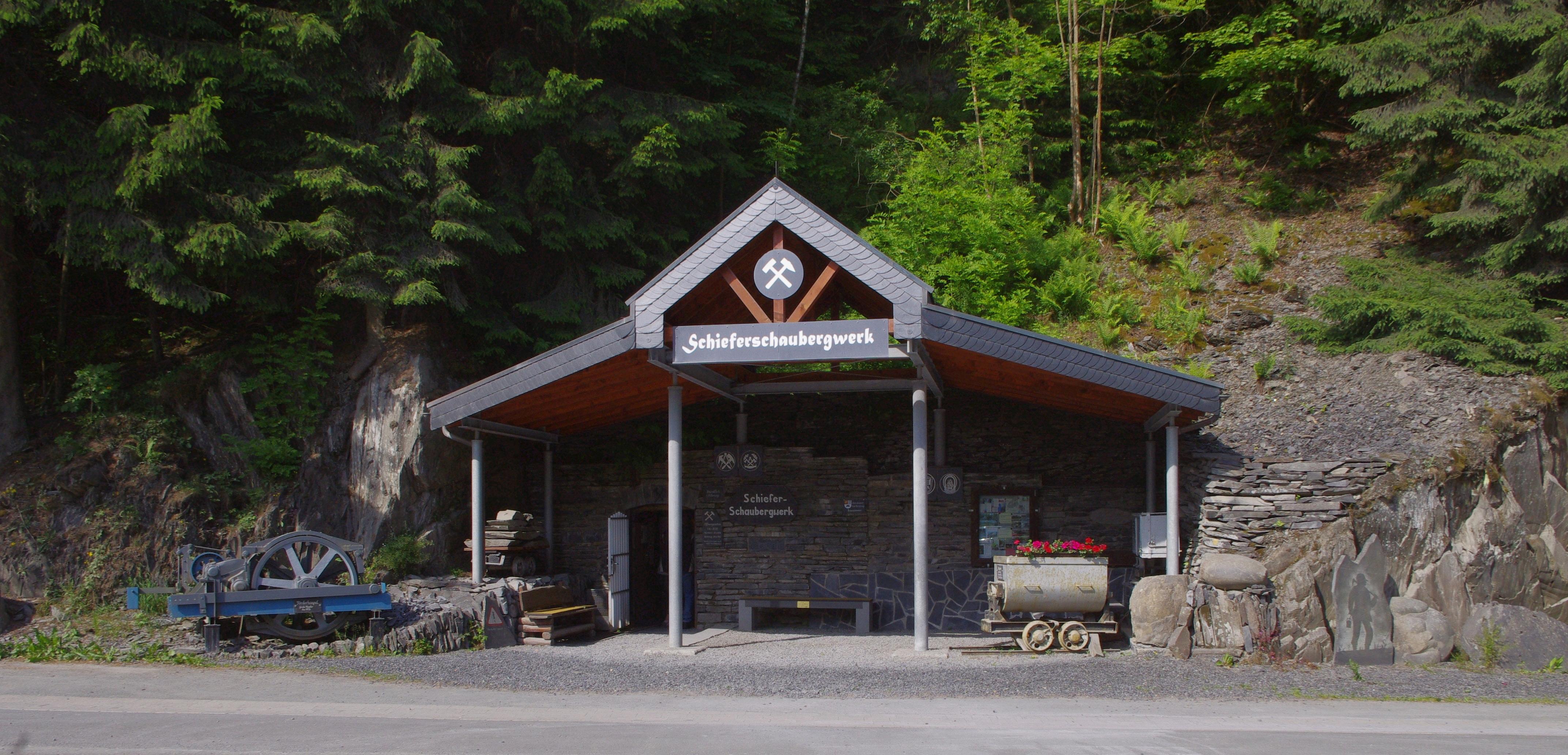 Schieferschaubergwerk Raumland - Eingang (Foto: Siegfried Plaschke)